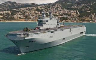 Транспортный десантный корабль-док типа «Ouragan» (Франция)